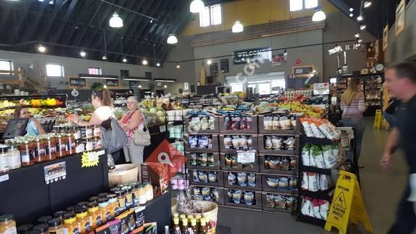 Nature's Pickin's Market